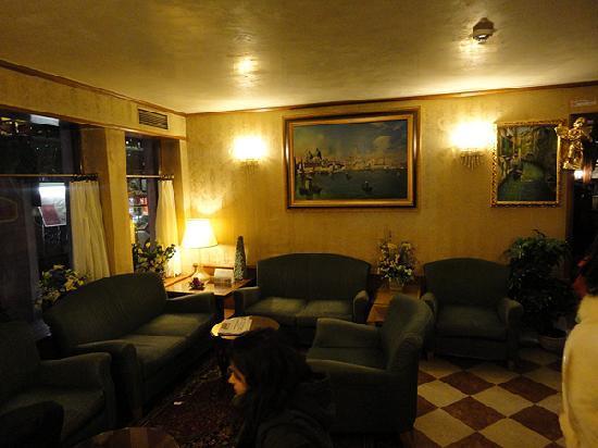 Antico Panada: Lobby