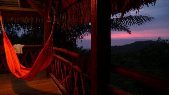 Samai Ocean View Lodge Spa: my private hammock