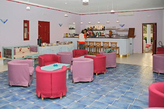 Lipsi, Grecia: Sala comune con bar