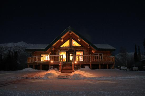 Log Cabin Wilderness Lodge: The beautiful Lodge