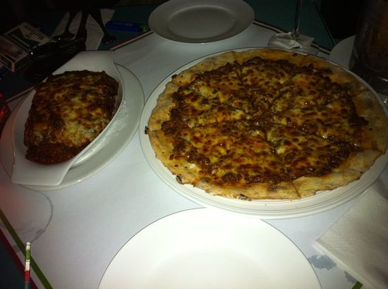 Werner's On Changkat: Bolognese Pizza + Lasagna!
