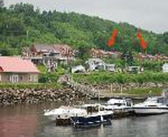 Chalets sur le Fjord: Les Gites du Fjord Thumbnail