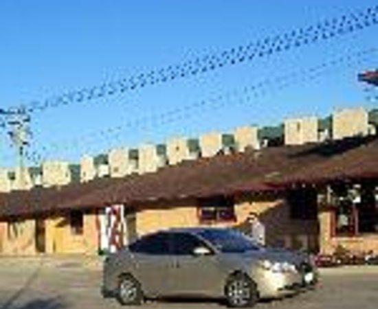 Capri Motel Thumbnail