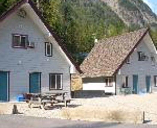 Peaks Lodge Thumbnail