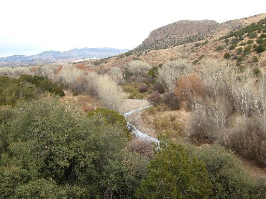 Casitas de Gila Guesthouses: Bear Creek, below the Casitas