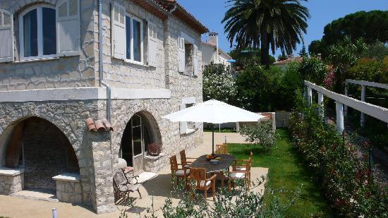 Villa Plein Soleil: La maison avec l'une des terrasses