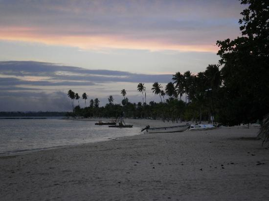 Grand Bahia Principe La Romana : Beach at sundown