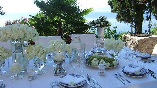 Hotel Villa Ariston: Svecana postava stola / Gala table setting
