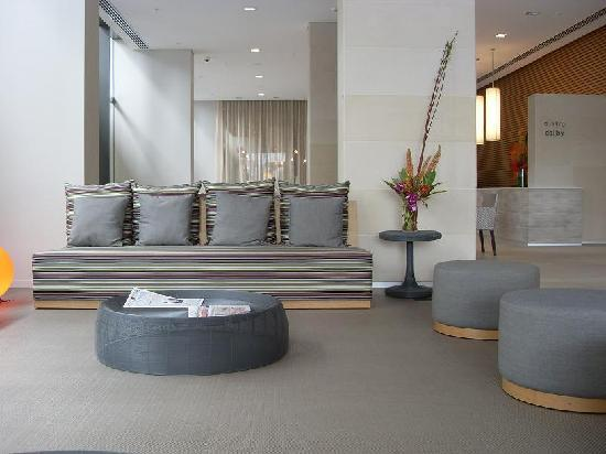 Novotel Newcastle Beach: foyer