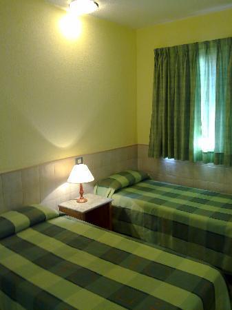 Bungalows Parque Sol : BEDROOM