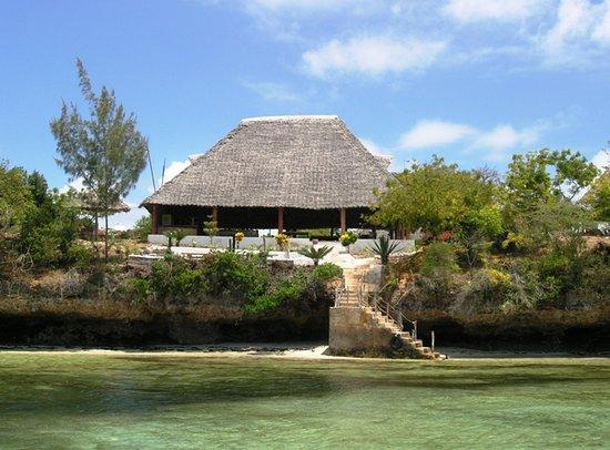 Paradise Divers Dive Center: Dive Center in Wasini Island