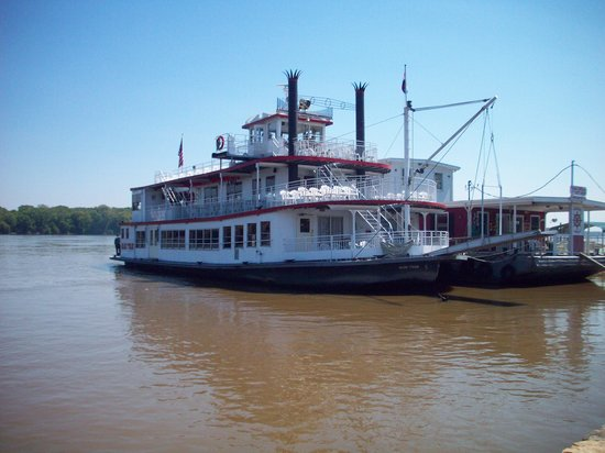 Mark Twain Riverboat Dinner Cruise : Mark Twain Riverboat