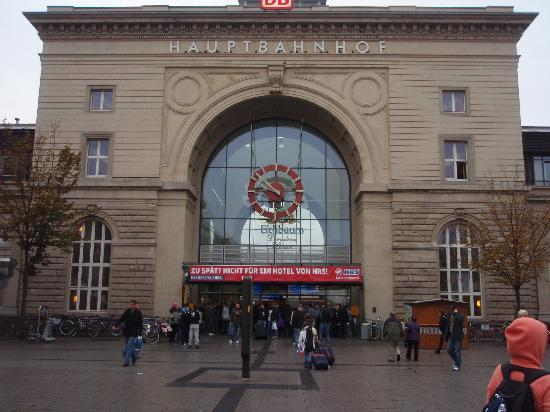 Mannheim, Alemania: マンハイム駅