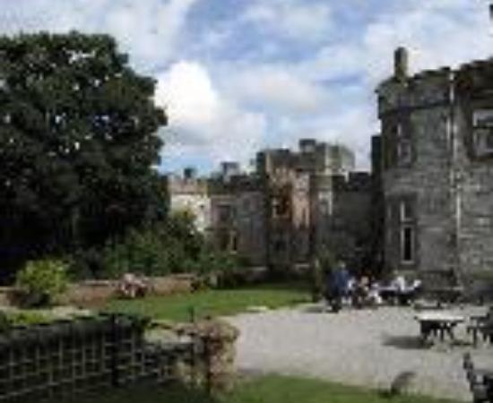 روثن كاسل هوتل آند موت سبا: Ruthin Castle Hotel Thumbnail