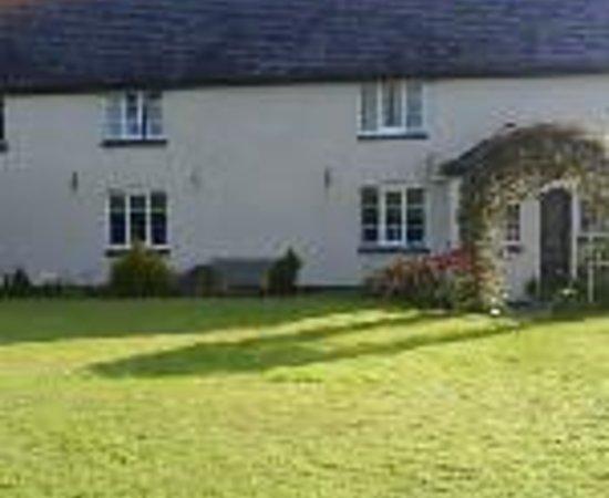 Oakenholt Farm Country Guest House Thumbnail