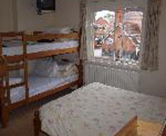 Stokesay Inn: Stokesay Castle Inn Thumbnail