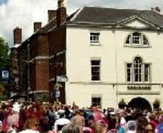 Wirksworth, UK: Red Lion Hotel Thumbnail
