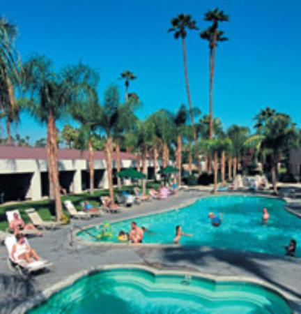 WorldMark Palm Springs: Hot Tub And Pool