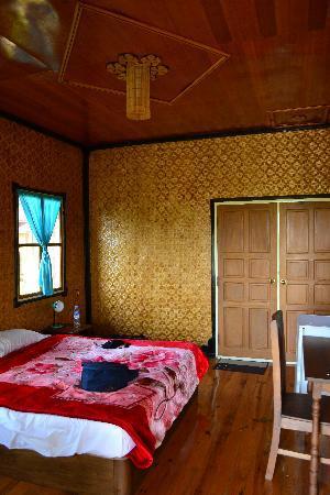 Princess Garden Hotel: inside view