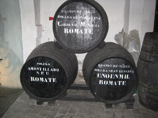 LA CARBONA: Old sherry barrels