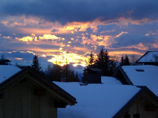 L Accroche Coeur: Sun Set