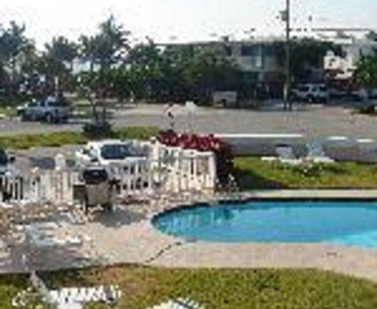 Coral Key Inn Thumbnail