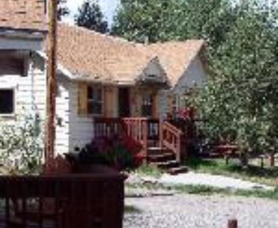 Ute Bluff Lodge, Cabins & RV Park Thumbnail
