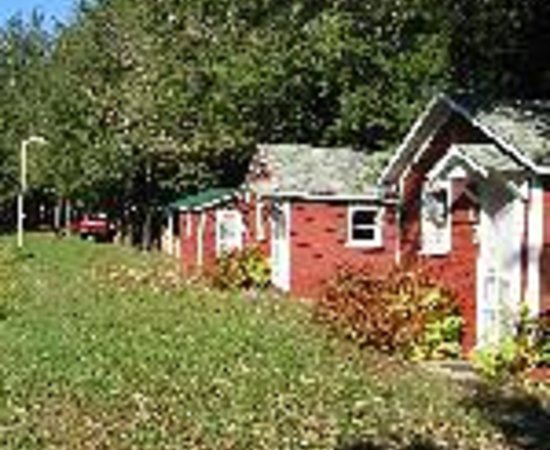 Nine Mile Lakeside Cottages Motel Thumbnail