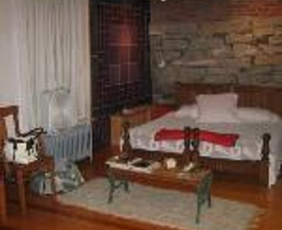 Emily's Amherst Bed & Breakfast Thumbnail