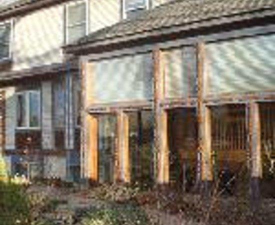 Mad Carpenter Inn Thumbnail