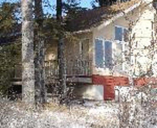 CastleHaven Cabins Thumbnail
