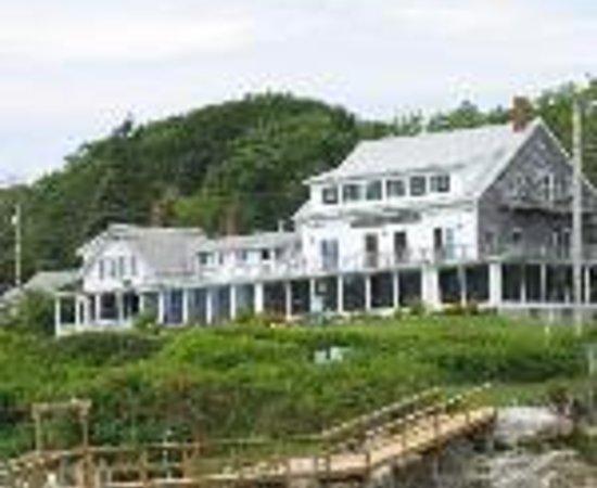 Gosnold Arms Inn Thumbnail
