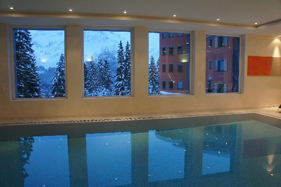Waldhotel National: swimming pool