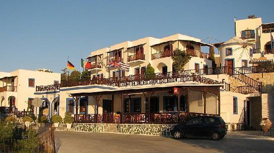 Aphroditi Hotel: Hotel Aphroditi - general view.