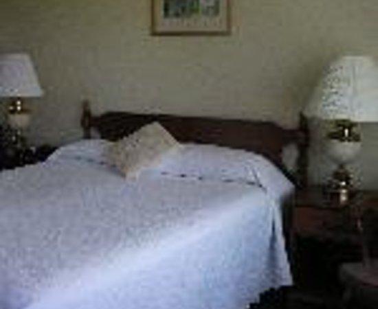 ذا يورك كورنر إن: MicMac Motel Thumbnail
