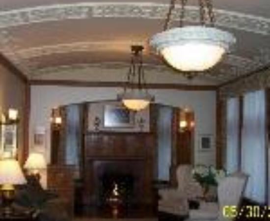 Brownstone Inn Thumbnail
