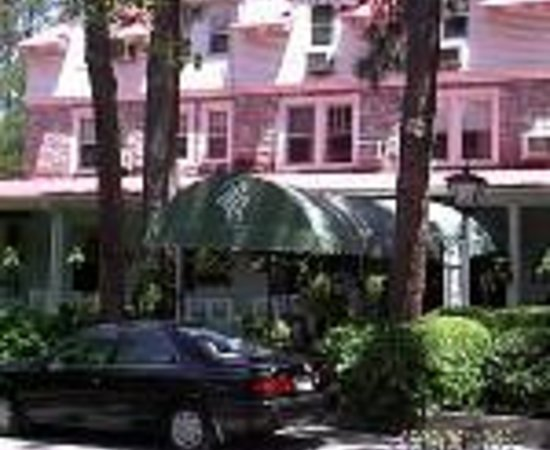 The Pine Crest Inn Thumbnail