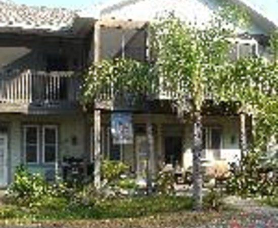 Anchor Inn: Longboard Inn Bed & Breakfast Thumbnail