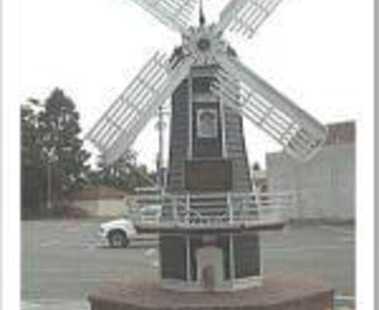 Windmill Inn Thumbnail