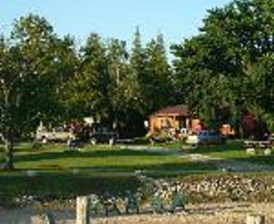 Lindberg Cottages / Hessel Bay Resorts Thumbnail