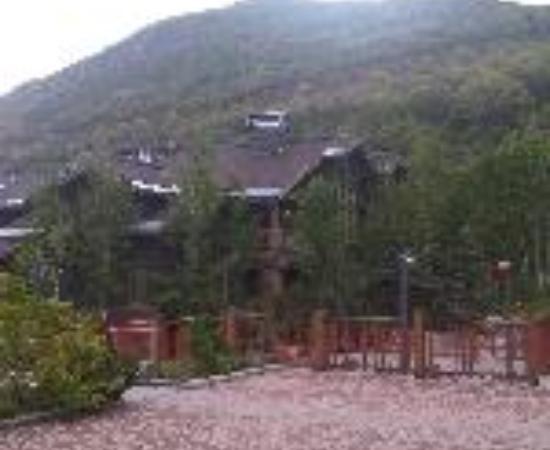 لودجز آت دير فالي: Lodges at Deer Valley Thumbnail
