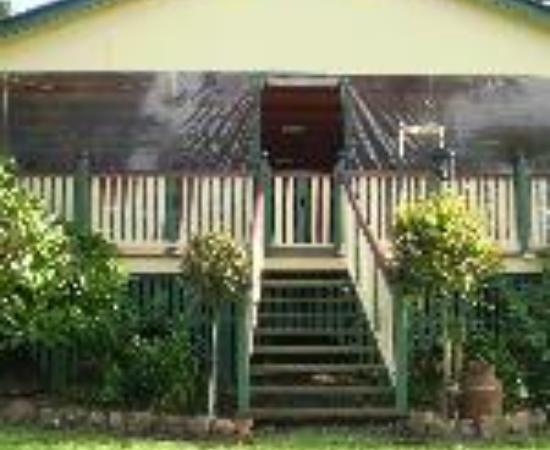 Clandulla Cottages, Beaudesert Thumbnail