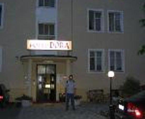 Hotel Dora Thumbnail