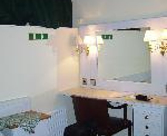 Hotel Tre Sma Rum (Three Small Rooms) Thumbnail