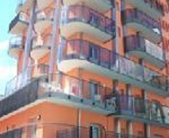 Hotel & Aparthotel Sheila Thumbnail