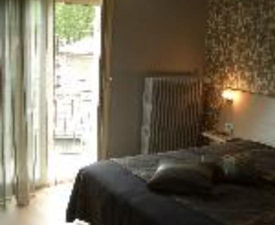 Logis Hotel la Chaumiere Thumbnail