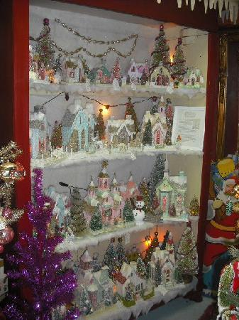 Bright's Antique World: Christmas store