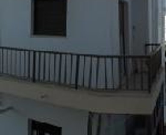 Paritsa Hotel Thumbnail