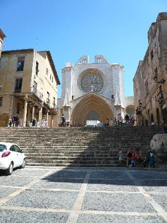 Tarragona, Spanje: 市街地中心にあるカテドラル