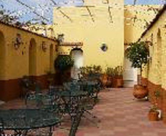 Hotel Posada de la Media Luna Thumbnail